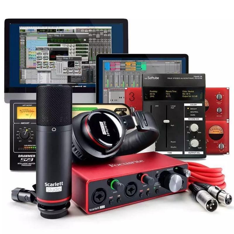 Focusrite Scarlett 2i2 Studio 3rd Gen Recording Pack